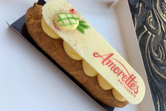 Whipped Pineapple Eclair at Amotette's | Disney World Dole Whip Alternatives | Disney Travel | A Great Big Hunk of World | #AGBHOW | www.agreatbighunkofworld.com