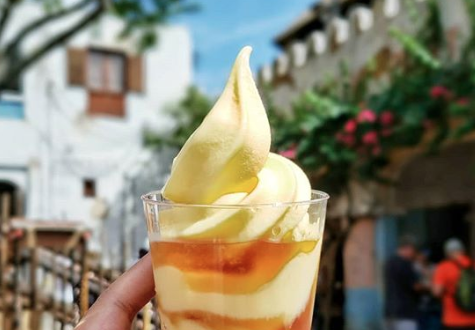 Dole Whip with Rum | Disney World Dole Whip Alternatives | Disney Travel | A Great Big Hunk of World | #AGBHOW | www.agreatbighunkofworld.com