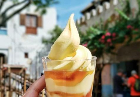 Dole Whip with Rum | Disney World Dole Whip Alternatives | Disney Travel | A Great Big Hunk of World | #AGBHOW | www.agreatbighunkofworld.com